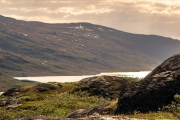 Fjordlanschaft im Süden von Grönland