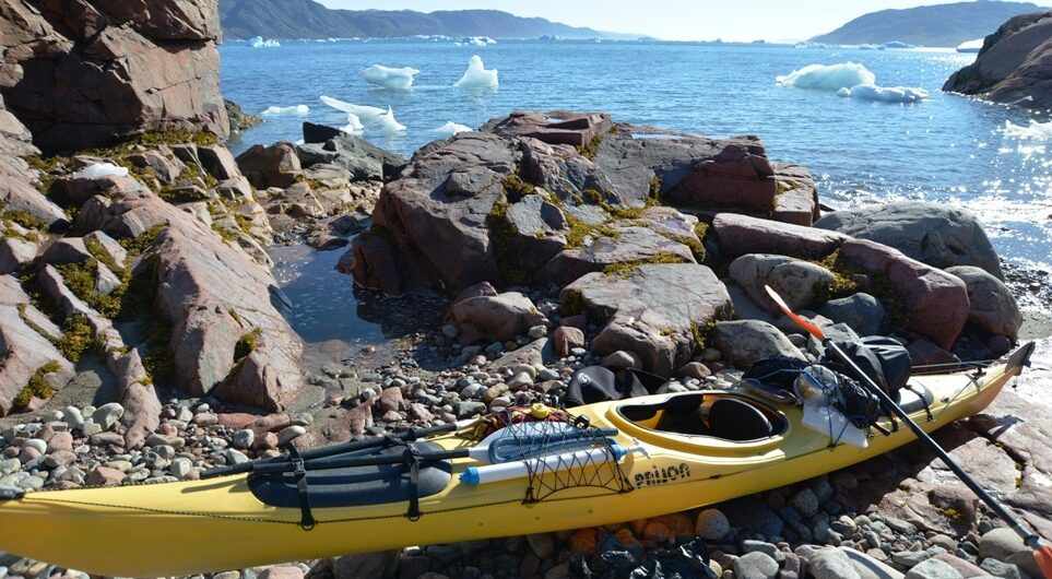 Bepacktes Kajak in Grönland