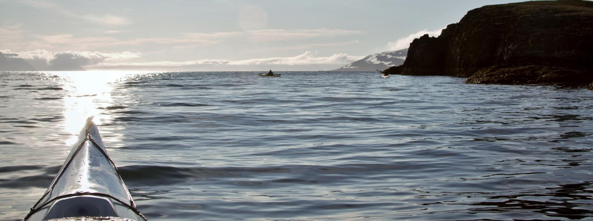 Kajak fahren: Islands unberührte Natur