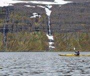 Wasserfälle in Island beim Kajaken