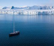 Segelboot vor Svalbard